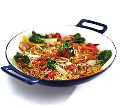 Broil King Premium Porcelain Cast Iron Wok