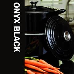 Le Creuset Onyx Black