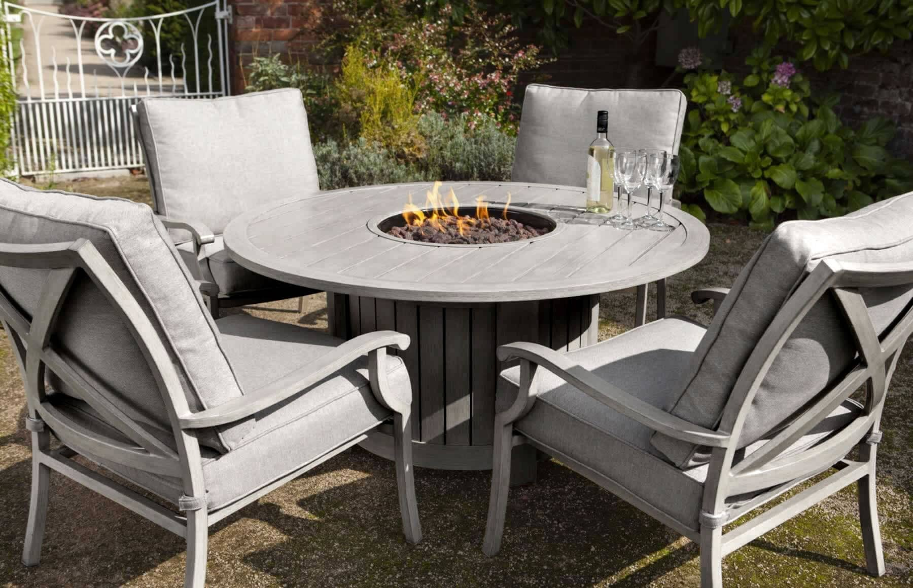 hartman portland lounge gas fire pit set platinum. Black Bedroom Furniture Sets. Home Design Ideas