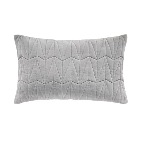 Clarendon Cushion Platinum