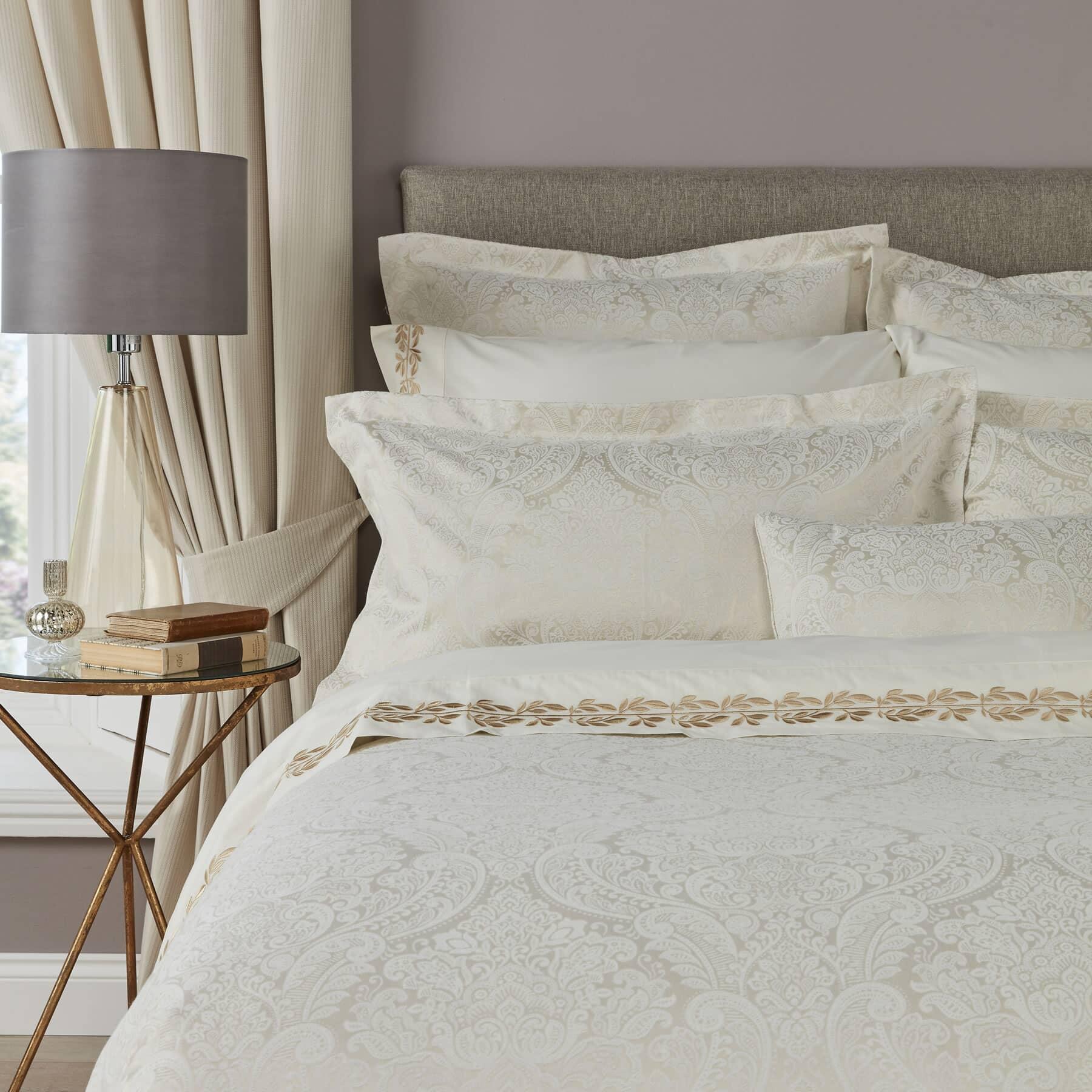 Christy Alderley Single Bedspread In