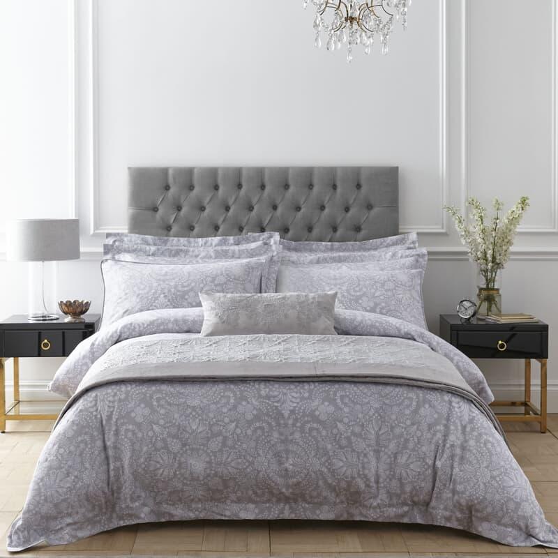 Dorma Hertford Silver large