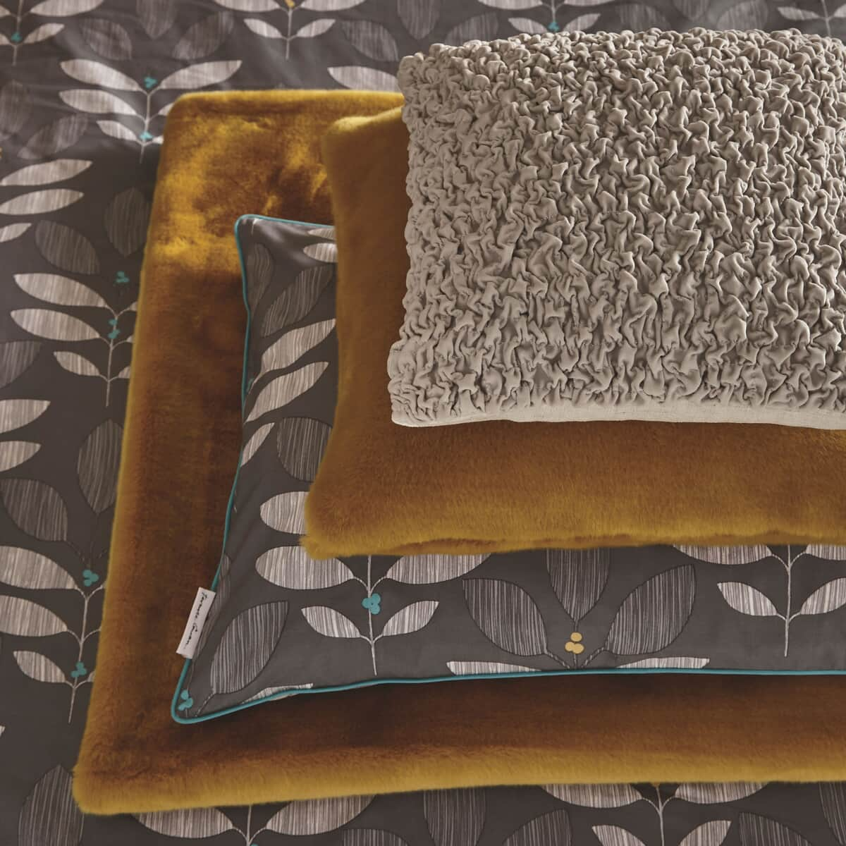 Terence Conran Tactile Ochre large