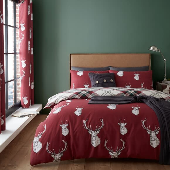 Catherine Lansfield Munro Stag Check Red large