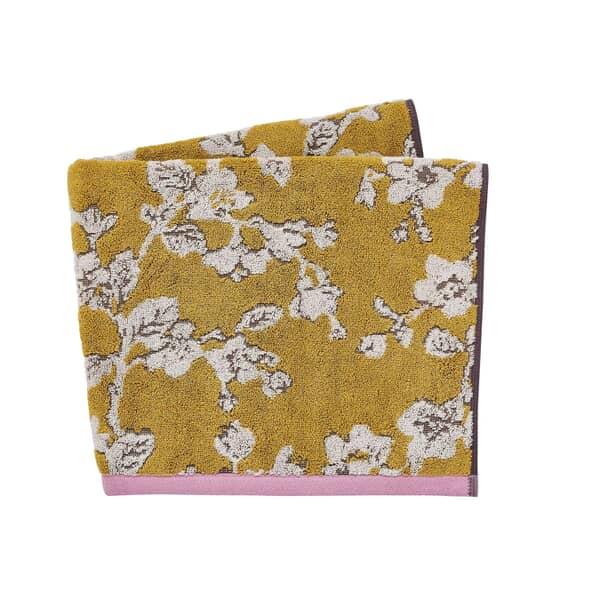Bouvardia Towels
