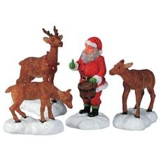 Lemax - Santa Feeds Reindeer Set Of 4